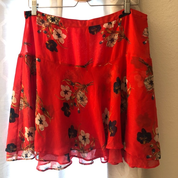 Old Navy Dresses & Skirts - Red flowy skirt
